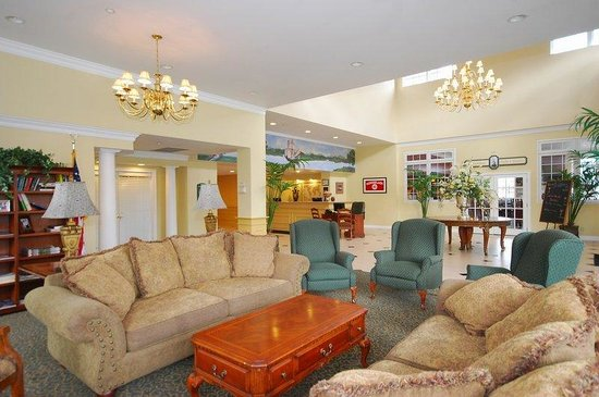 BEST WESTERN PLUS Franklin Square Inn Troy/Albany: Hotel Lobby