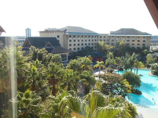 Loews Royal Pacific Resort at Universal Orlando:                   Lagoon and resort wing from our room