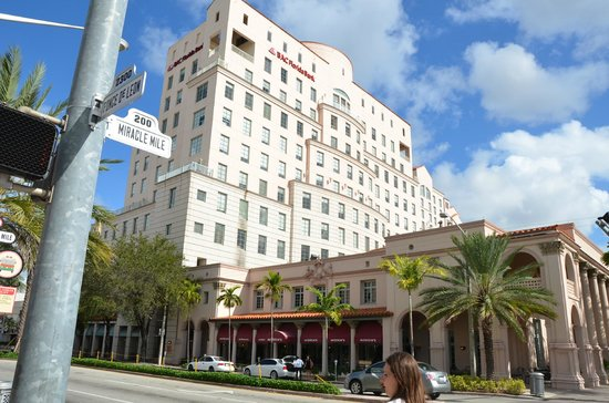 The Westin Colonnade Coral Gables:                   Hotel