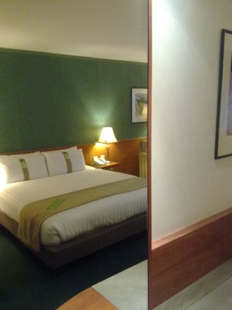 Holiday Inn London - Heathrow: HI London-Heathrow - Executive room