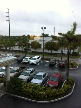 Baymont Inn & Suites Miami Airport West: Room # 310 overlooking the parking area.