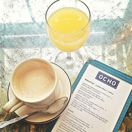 Hotel Havana:                                     Breakfast at OCHO Lounge