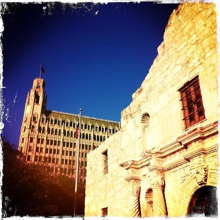 The Emily Morgan San Antonio - a DoubleTree by Hilton Hotel:                   Alamo & Emily Morgan