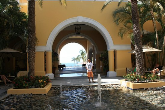 Club Casa Dorada Spa & Golf Resort:                                     Entrance