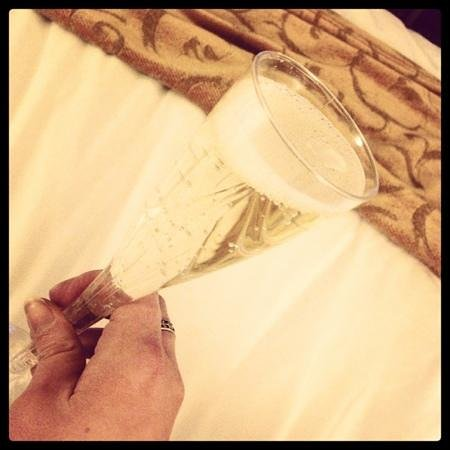 MontBleu Resort Casino &amp; Spa: free champagne! thank you!
