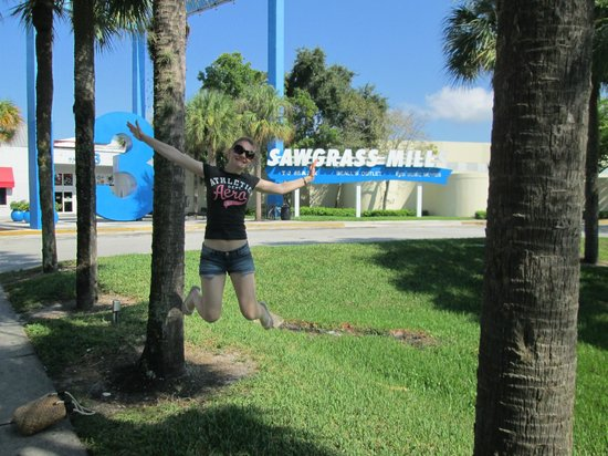 Miami Springs, FL: You can go to Sawgrass Mills