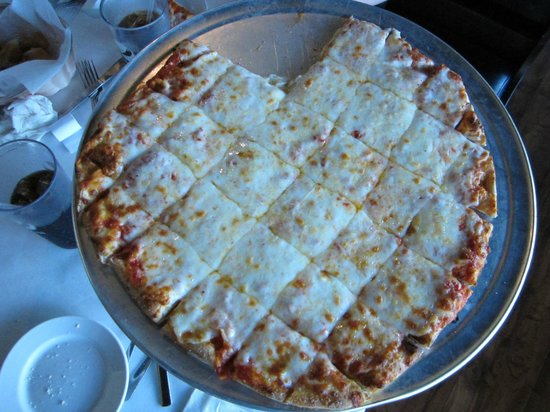 Dubuque, IA:                   Large Crust pizza - cheese with extra cheese