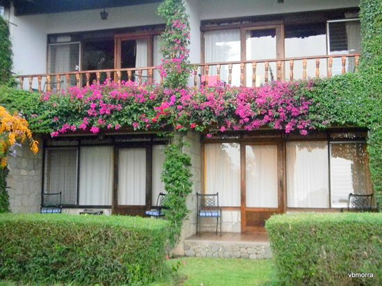 Hotel Atitlan:                   Looking at the rooms from the garden.
