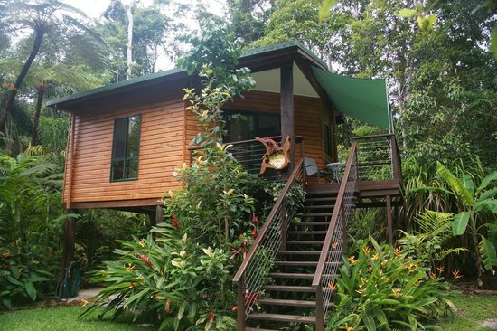 ‪Kuranda Birdwatchers  Cabin‬