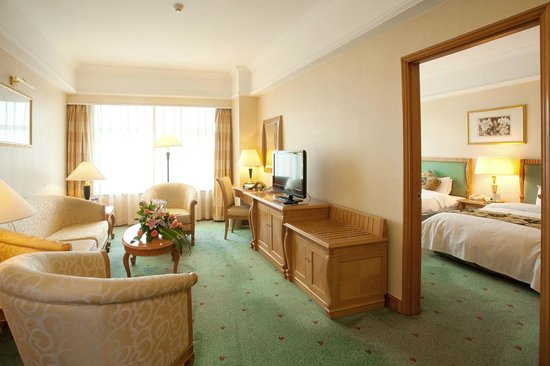 Celebrity International Grand Hotel Beijing:                   The Suite Room with Twin Beds