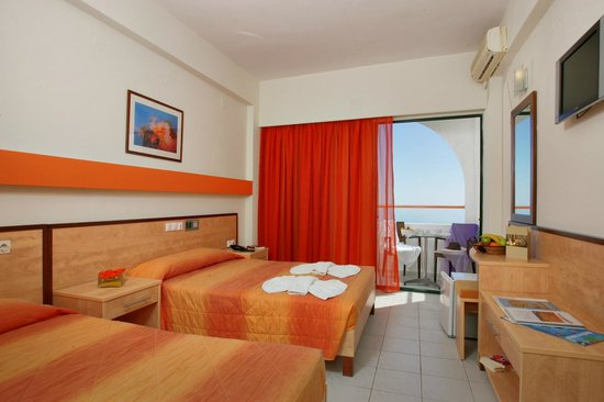 Photo of Palmera Beach Hotel Hersonissos