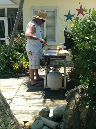 Haleys Motel and Resort:                   Grilling dinner