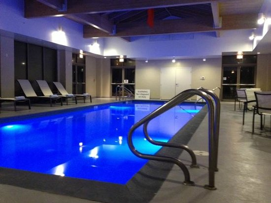 Sheraton Hartford South Hotel:                   Pool is Salinated water and perfect indoor warmth!