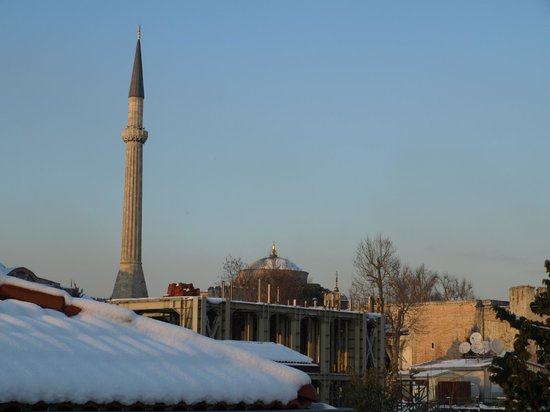 Empress Zoe:                   rooftops of Sultanahmet