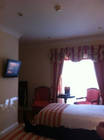 Granville Hotel:                   room 207