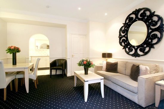 Collingham Serviced Apartments: Collingham Sitting Room