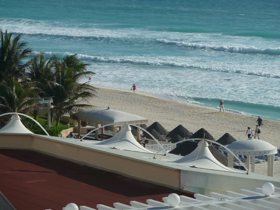 Sandos Cancun Luxury Experience Resort:                   View from our room