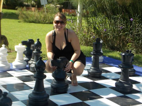 Hotel Decameron Los Cocos: Chess anyone?