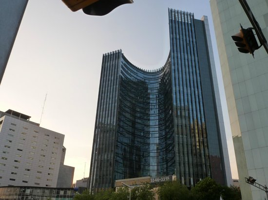 Plaza Suites Mexico City:                                     Out side of hotel
