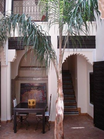 Riad Dar Zaman:                                                                                           Inner 
