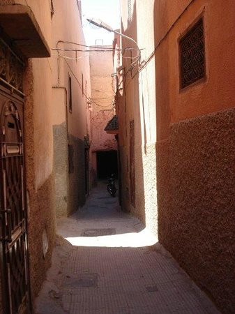Riad Dar Zaman:                                                                                           Just o
