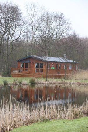Paradise Lakeside Lodges