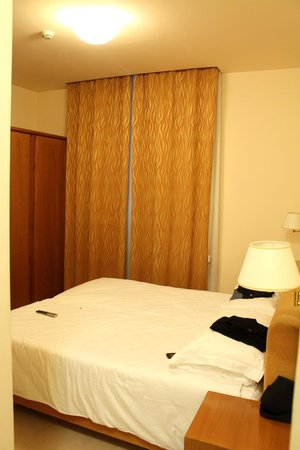 Crosti Hotel:                   Room