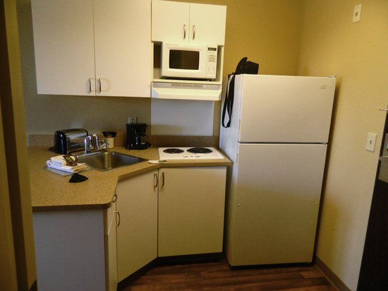 Extended Stay America - St. Petersburg - Clearwater:                   Kitchen