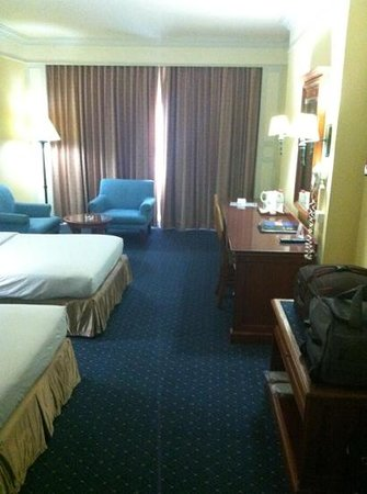 Royal Benja Hotel:                   nice room