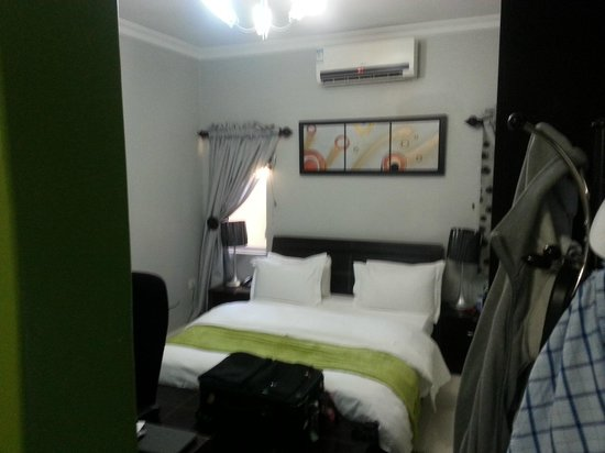 StayWell Executive Suites Picture