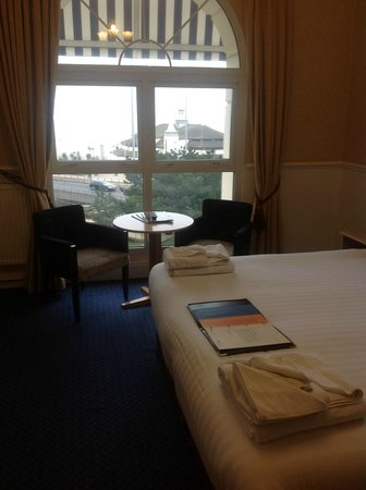 The Hermitage Hotel Bournemouth:                   Seaview room overlooking the pier