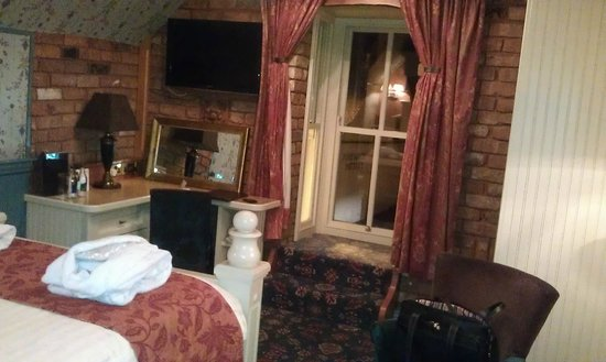 The Old Inn Crawfordsburn:                   Room View