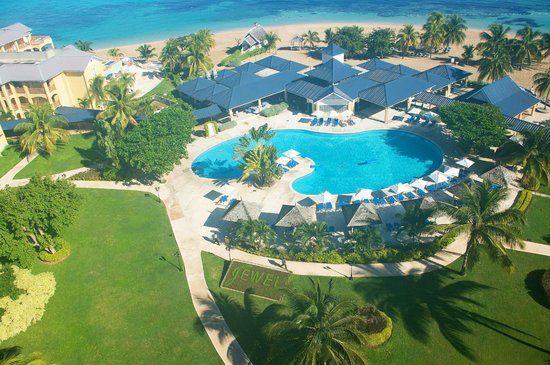 Breezes Runaway Bay Resort And Golf Club All Inclusive