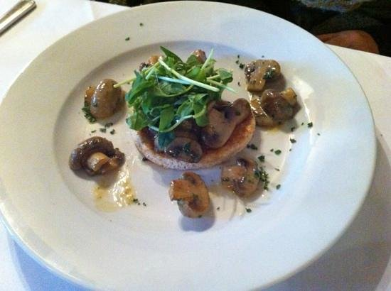 Grafty Green, UK:                   mushroom on brioche