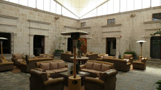 Casa Andina Private Collection Arequipa:                   Lobby area