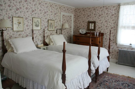 Staveleigh House:                   Bedroom
