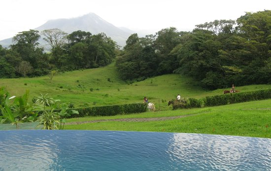 Arenal Lodge:                   Horse-back riding tour with Miguel included with stay