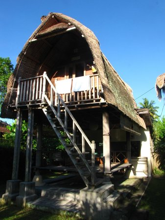Kupu Kupu Bungalows:                   Traditional bungalow