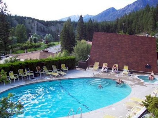 Photo of Motel Tyrol Radium Hot Springs