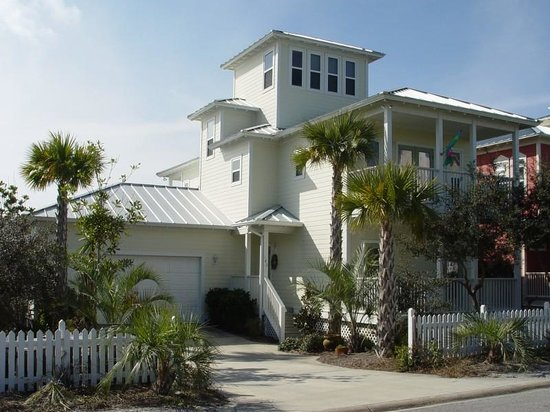 Photo of Flamingo Cottage Santa Rosa Beach