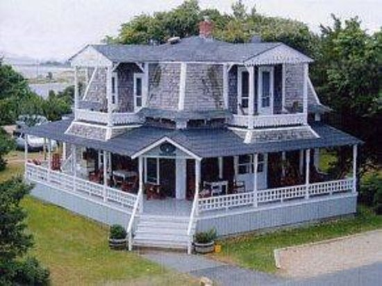 Photo of Brady's NESW Bed & Breakfast Oak Bluffs