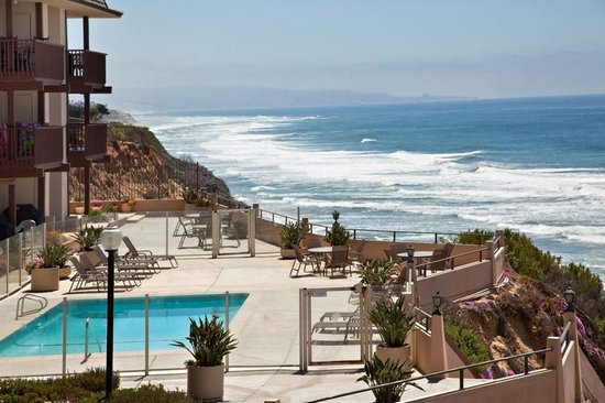 Del Mar Beach Club