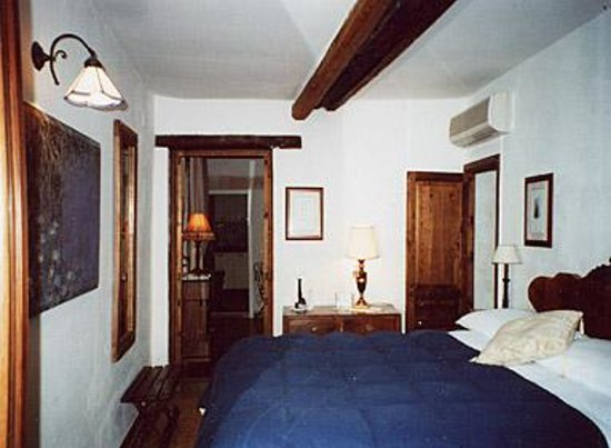 Photo of Abaco Home Bed and Breakfast Syracuse