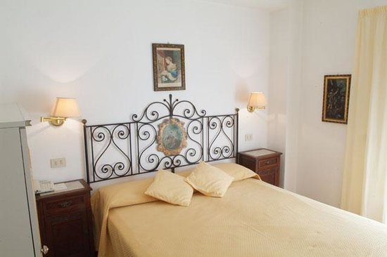 Photo of Hotel Villa Mora Giardini Naxos