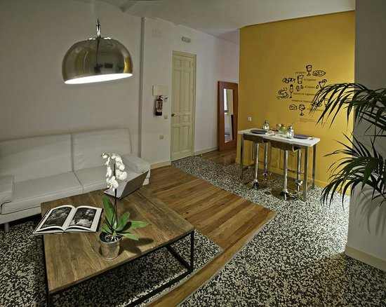 Apartamentos Turisticos Las Letras: One-bedroom apartment  (living-room area)