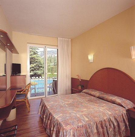 Photo of Hotel Continental Garda