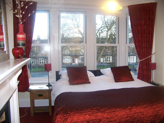 Photo of Shannon Court Guesthouse Harrogate