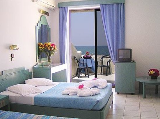 Photo of Adele Beach Hotel Bungalows Adelianos Kambos