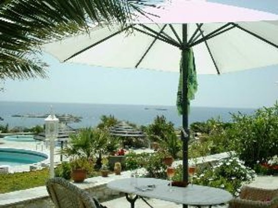 Photo of Kokkina Beach Hotel Siros