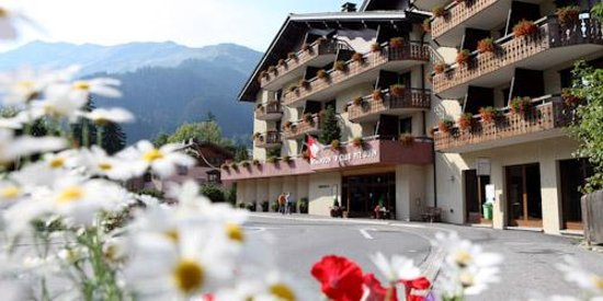 Photo of Hotel Pardenn Klosters